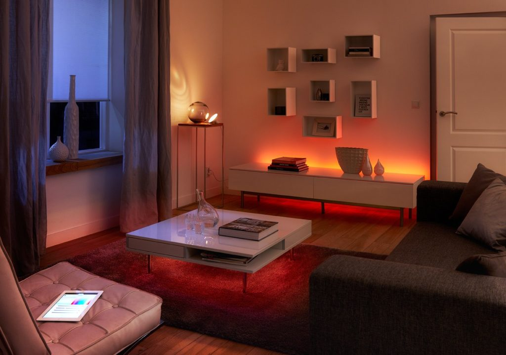 smart light comparison philips hue